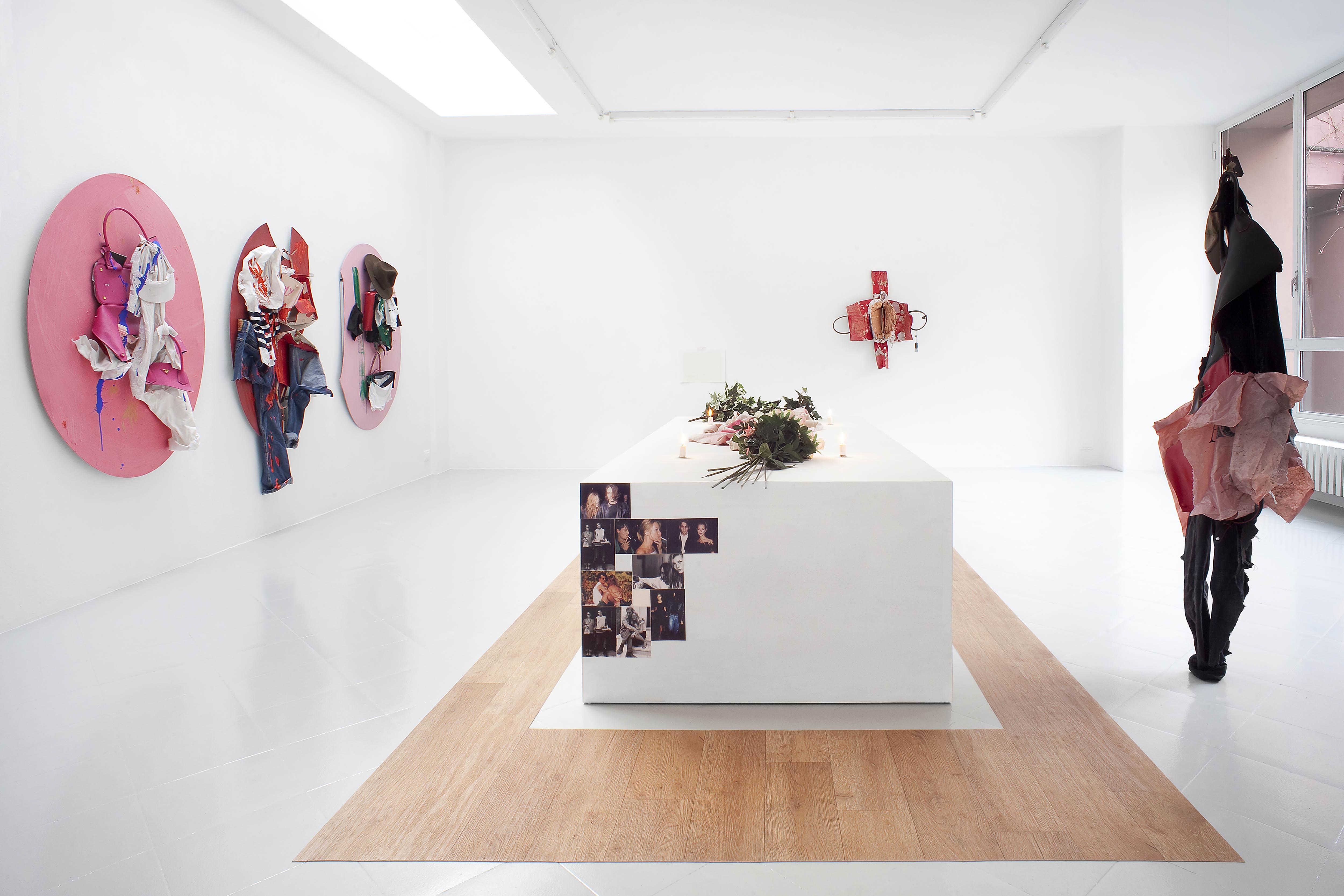 2 - Yves Scherer Installation view 2015 - Courtesy Studiolo Milan - Photo Filippo Armellin