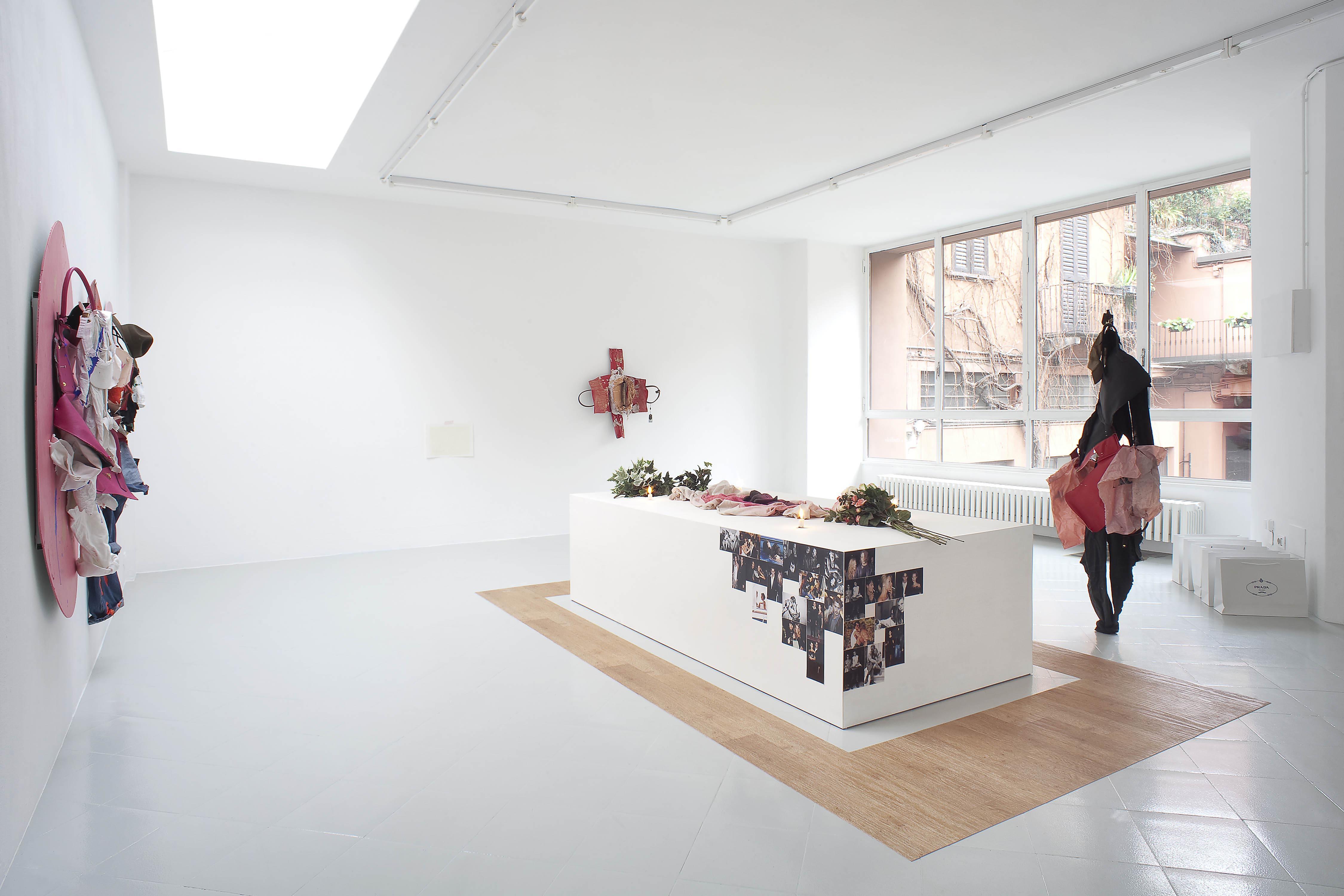 9 - Yves Scherer Installation view 2015 - Courtesy Studiolo Milan - Photo Filippo Armellin